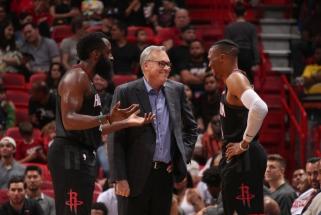 """M.D'Antoni: """"Rockets"""" puikiai žais žemu penketu, lygoje nebėra Abdul-Jabbarų"""