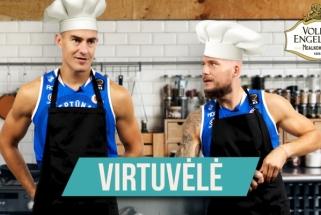 """""""Neptūno"""" virtuvėlėje – Galdiko ir Mažeikos bandymas atpažinti klaipėdietišką silkę"""