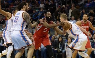 """NBA superžvaigždžių dvikovoje """"Rockets"""" palaužė """"Thunder"""", D.Sabonis - nepastebimas"""