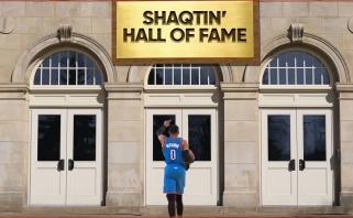 """""""Shaqtin' A Fool"""": 8 kartus vienoje atakoje griuvę žaidėjai bei sugrybavęs Westbrookas"""