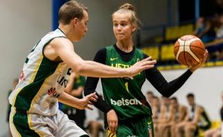 Šešiolikmečiai negailestingai sumindė Lietuvos moterų rinktinę