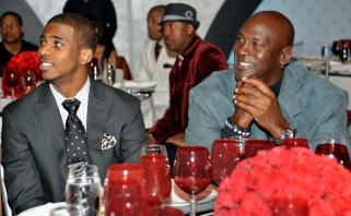 Vienintelis juodaodis NBA klubo savininkas M.Jordanas padėjo nutraukti boikotą