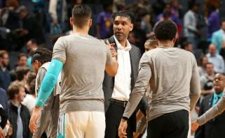 """Pergalingai """"Spurs"""" stratego kėdėje debiutavęs T.Duncanas neliko sužavėtas šiomis pareigomis (rezultatai)"""