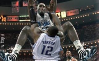 """D.Howardas: kai atėjau į NBA, """"centrų"""" dvikovos priminė milžinų rankų lenkimą"""