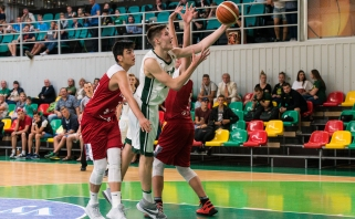Šešiolikmečiai Baltijos taurės turnyrą pradėjo pergale