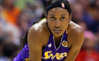 WNBA krepšininkė šokiravo: lygoje 98 proc. žaidėjų - lesbietės