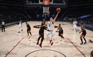 """Jokičius sumetė beveik pusšimtį, o """"Wizards"""" su """"Nets"""" – kone 300 taškų"""