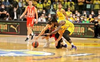 """Staigmena: """"Crvena Zvezda"""" išsivežė lengvą pergalę iš Tel Avivo"""