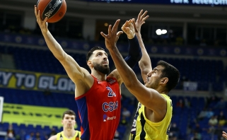 "Beviltiškai atrodžiusi ""Fenerbahče"" stebėjo Clyburno šou, CSKA - finalo ketverte"