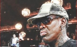 Per koncertą į sceną išėjęs D.Rodmanas: kai mirsiu, palaidokite mane Čikagoje