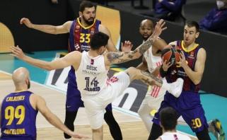 """Šaro """"Barca"""" vėl laimėjo """"El Clasico"""" mūšį ir užsitikrino vietą atkrintamosiose"""