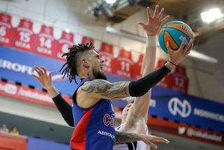CSKA sunkiai prasibrovė į pusfinalį