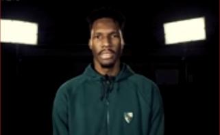Įvaizdiniame KMT klipe – krepšinio klipų parodija ir netikėtas N.Hayeso pasirodymas