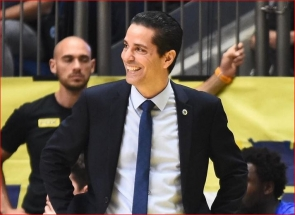 """""""Maccabi"""" pasirašė naują ilgalaikį kontraktą su vyriausiuoju treneriu"""