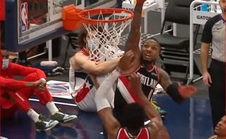 Fantastiškas Lillardo skrydis – gražiausias NBA nakties momentas