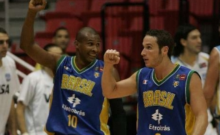 Lietuvių varžovų brazilų sudėtyje Rio žaidynėms - 5 NBA žaidėjai